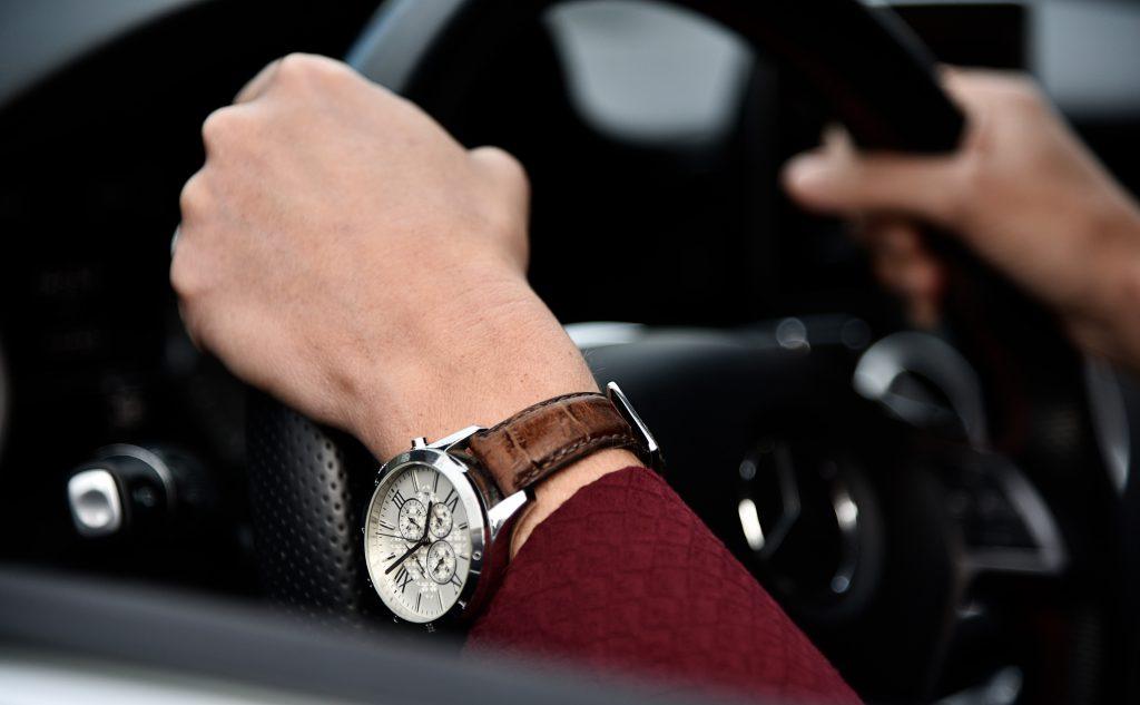お金持ち男性の腕時計