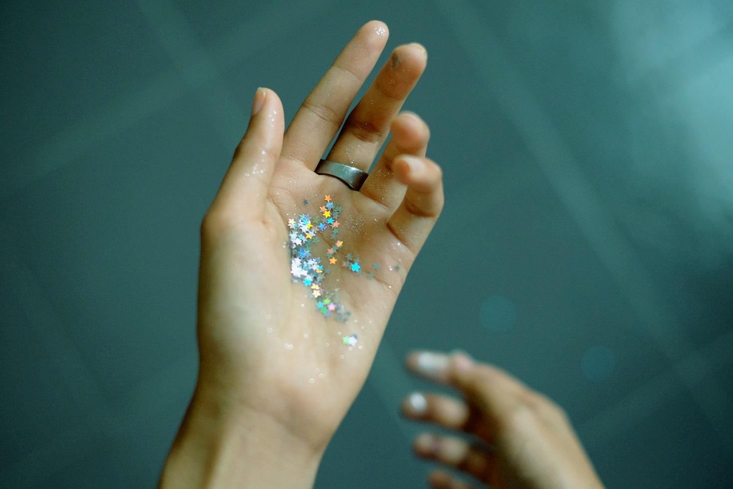 手の中の光を決して離してはいけない!
